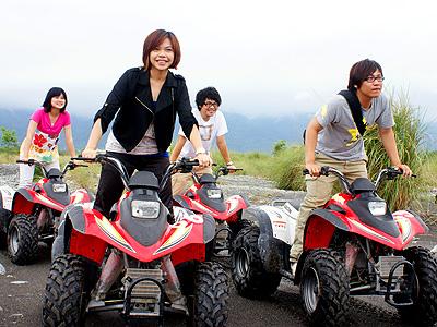 台湾娱乐,台东娱乐:沙城兵团沙滩车