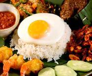 文莱特色小吃:椰浆饭