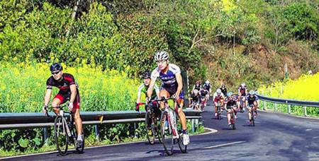【环青海湖骑行】无环湖、不青春360°毕业季单车日记、挑战青春之旅双飞7日