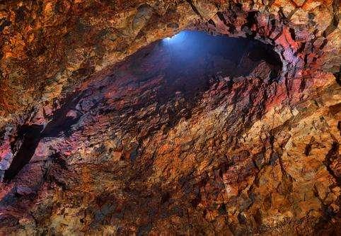 斯瑞努卡基古火山