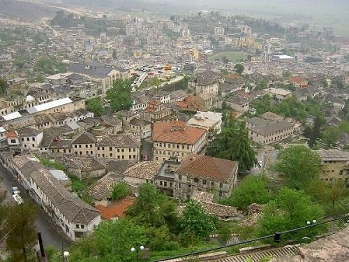 培拉特与吉洛卡斯特拉历史中心