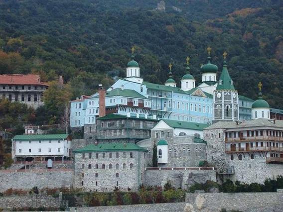 圣南姆修道院旅游