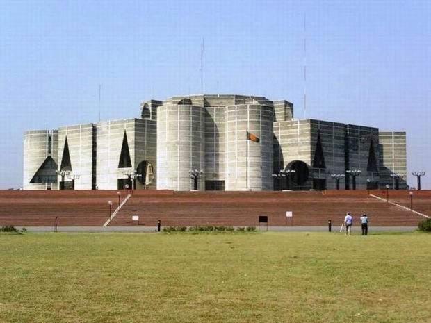 国民议会大厦旅游