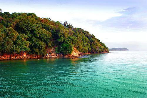 伊尼亚卡岛旅游