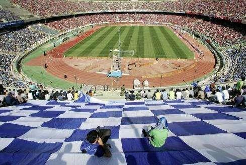 阿萨迪体育场旅游