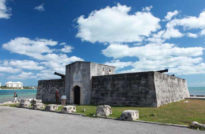 孟塔古要塞旅游