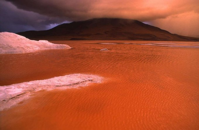 科罗拉达湖(红湖)