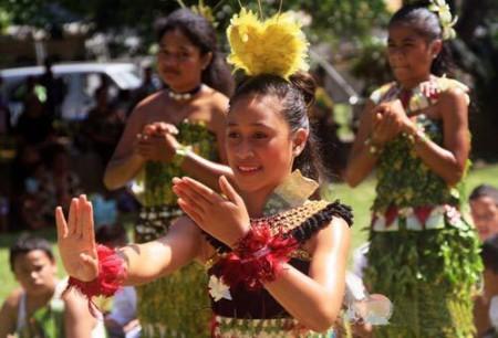 大溪地塔希提岛:邂逅印象派画中的美女