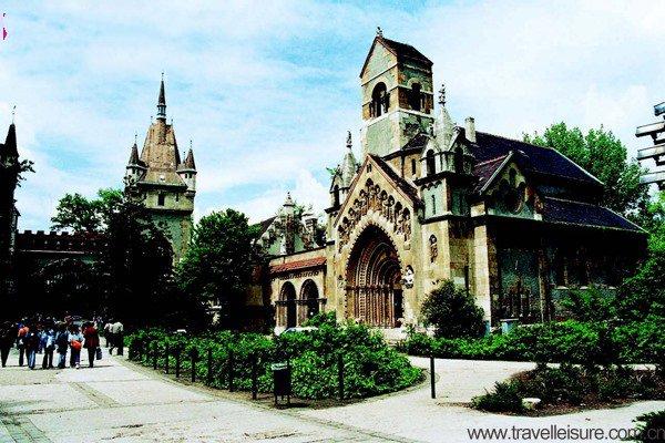 秘境东欧 自由匈牙利和魅力的克罗地亚