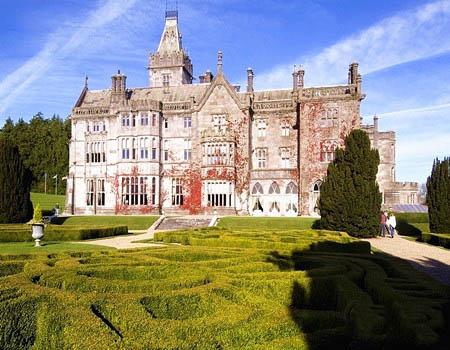 游走爱尔兰 乡村里游荡古堡中沉思