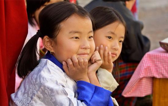 """""""亚洲最幸福国家""""不丹 国家落后国民幸福"""
