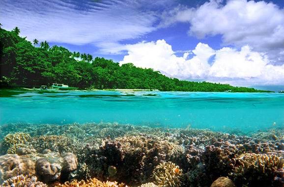 美娜多的风景:蓝碧海峡
